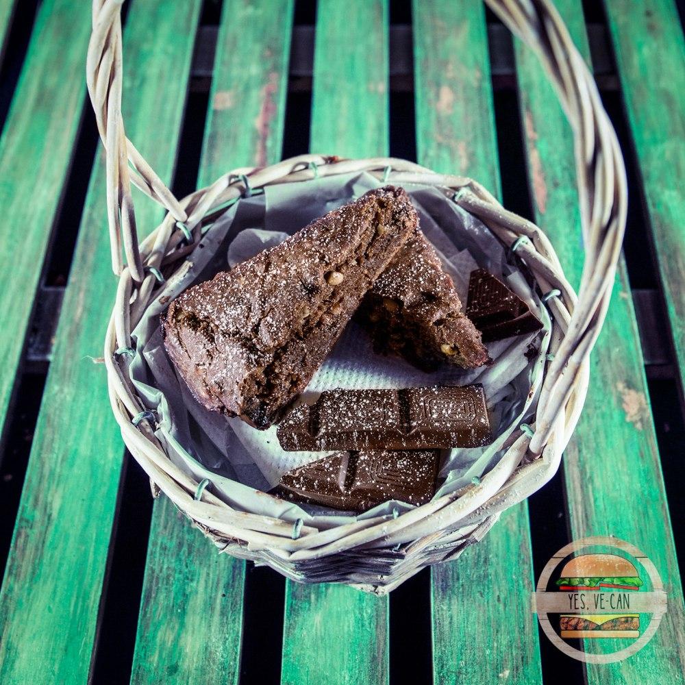 240116-brownie-kimmalooliva-03